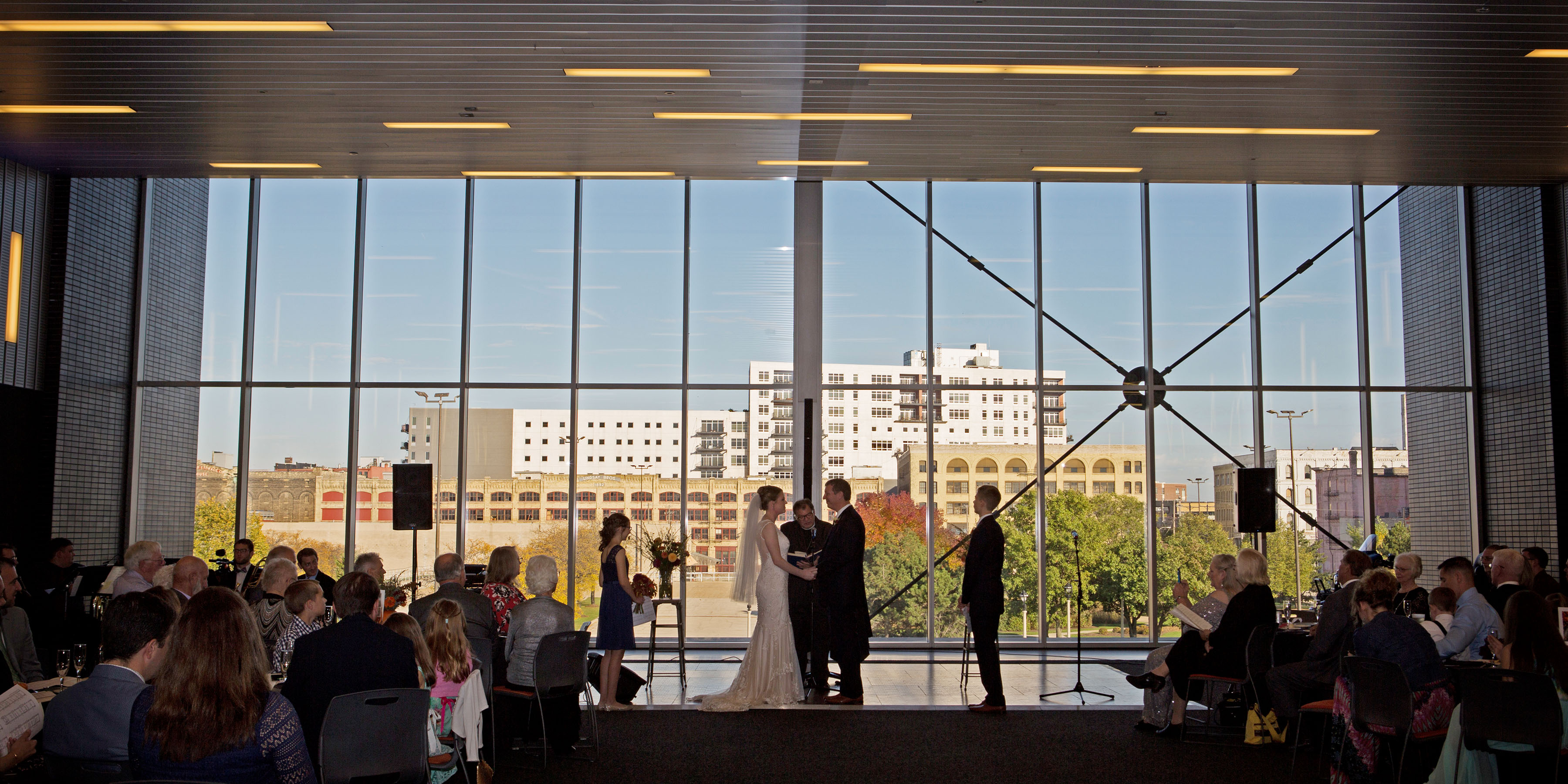 Selecting Your Wedding Venue in Milwaukee